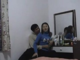 Esta from DATES25.COM - Amateur chinese couple first time making home sex video