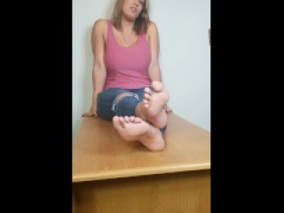 Megan Jones Live interview Phone View (Up Close Soles view coming soon)