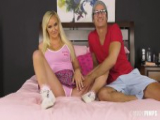 Big Tits Blonde Paisley Porter Is Ready To Be Fucked In Her Shaved Pussy