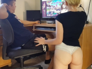 Nutaku Game Makes Girlfriend Horny