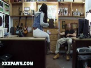 XXX PAWN - Spicy Black Golfer Gets Fucked In A Pawn Shop For Money