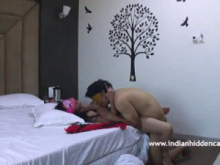 Hindi Sex Scandal Married Couple Filmed Fucking In Hotel